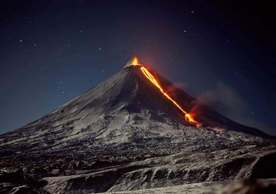 Извержение вулкана 21 фото